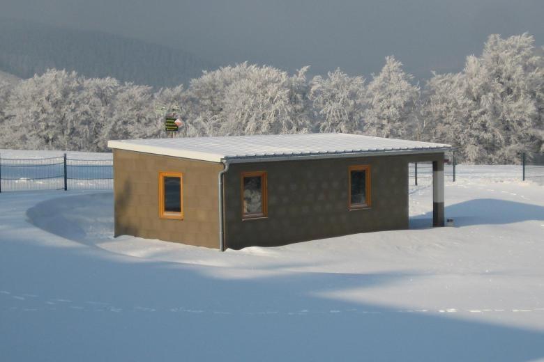 In diesen Lego-Häusern können Obdachlose leben